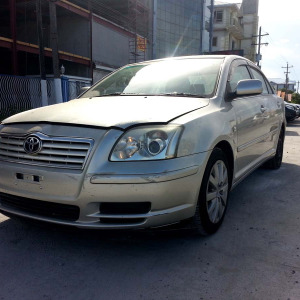 2005ToyotaAvensis07