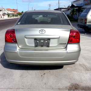 2005ToyotaAvensis09